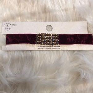 Jewelry - NWT Burgundy Crushed Velvet Choker